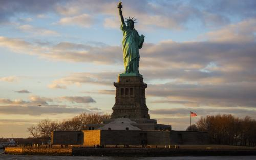 a history of the ellis island an island in the state of new york New york and new jersey own ellis island the original deal was that new york would own the island but new jersey owns the water around it so when.